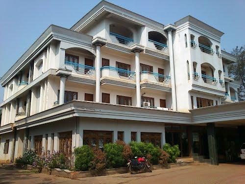 shivani hotel