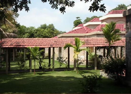 silvassa resorts